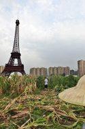 Image de Tianducheng avec une copie de la tour Eiffel