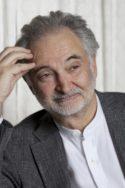 Jacques Attali, né le 1er novembre 1943 à Alger, est un écrivain, chef d'entreprise, économiste et haut fonctionnaire français