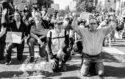 Photo manifestants antiracistes mouvement Black Lives Matter BLM affaire George Floyd Minneapolis Ce que l'Amérique noire signifie pour l'Europe suprémacistes racisme USA Trump postcolonialsme colonialisme populisme colonial justice droit de l'homme égalité police