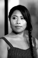Portrait photo N&B Conversation avec la star de Roma Yalitza Aparicio entretien culture au temps du coronavirus crise du covid-19 cinéma art séries actrice