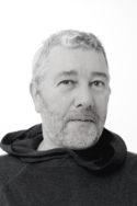 Photo N&B portrait entretien Créer en 2020, une conversation avec Philippe Starck design art culture confinement travail écologique renaissance créativité environnement écologie concentration humanité