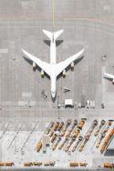 Image photo avions bloqués cloués au sol Tom Hegen airports Le Grand Continent bilan économique de la pandémie de crise du Covid-19 coronavirus et économie